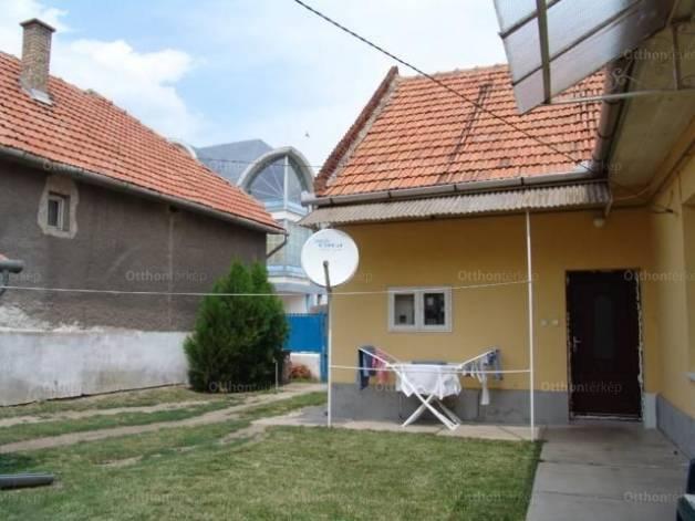 Mezőkövesdi ház eladó, 110 négyzetméteres, 3 szobás