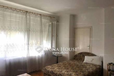 Eladó 2 szobás Pécs az Athinay utcában