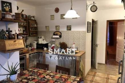 Szentendre eladó lakás a Szélkerék utcában