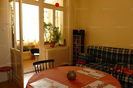 Eladó lakás Budapest, Palotanegyed, Rökk Szilárd utca, 3 szobás