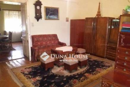 Eladó családi ház Kál, 2 szobás