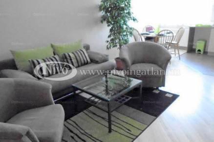 Eladó 2+1 szobás lakás Veszprém