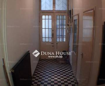 Eladó 2 szobás lakás Palotanegyedben, Budapest, Baross utca