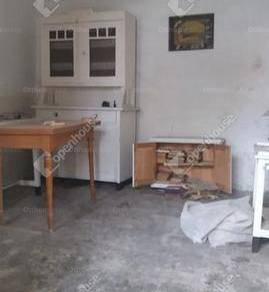 Eladó családi ház, Komárom, 3 szobás