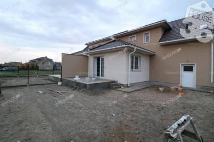 Kecskemét eladó új építésű sorház a Tinódi utcában