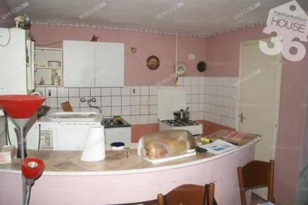 Kecskemét családi ház eladó, 2 szobás