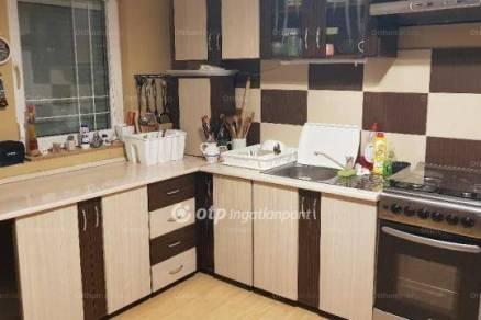 Budapesti lakás eladó, 63 négyzetméteres, 1+2 szobás