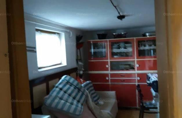Kővágóörs eladó családi ház