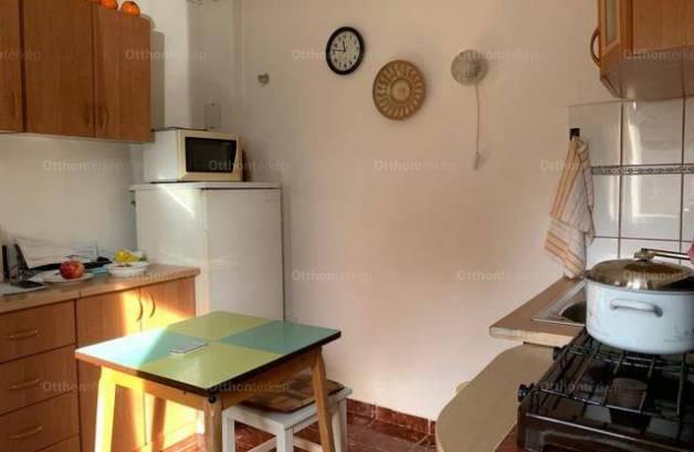 Eladó 2+1 szobás családi ház, Gubacsipusztán, Budapest