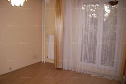 Eladó lakás Pécs a Magyar Lajos utcában, 2 szobás