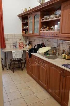 Dunaújvárosi eladó lakás, 3 szobás, 71 négyzetméteres