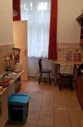 Eladó lakás Dunaújváros, 3 szobás