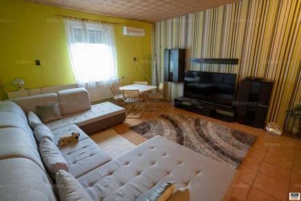 Családi ház eladó Tiszaföldvár, 245 négyzetméteres
