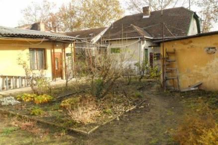Eladó házrész Újpesten, IV. kerület Nádor utca, 1 szobás