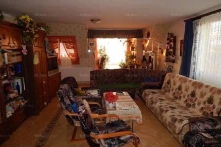 Egeri eladó családi ház, 5+1 szobás