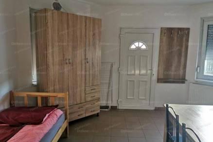 Kiadó lakás Kecskemét, 1 szobás