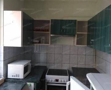 Kiadó lakás Kecskemét, 2+1 szobás