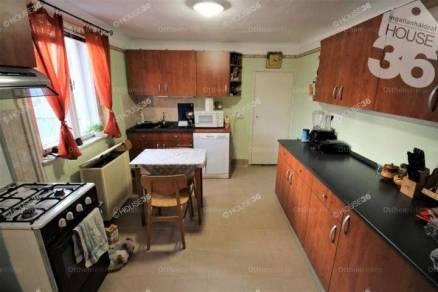 Kiskunfélegyháza eladó házrész