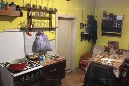 Tolna eladó családi ház