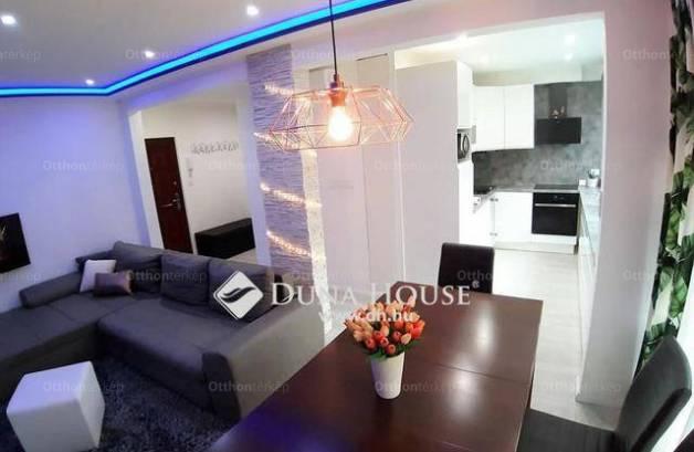 Eladó 2 szobás lakás Pécs a Kamilla utcában