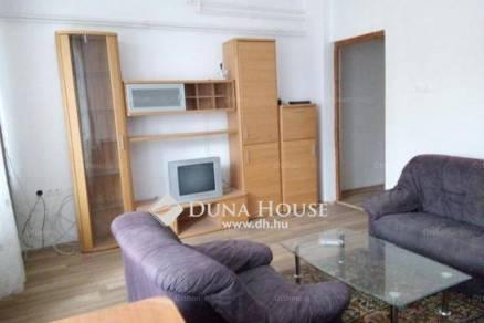 Lakás eladó Pécs, a Bálicsi úton, 65 négyzetméteres