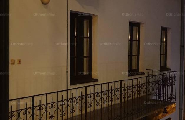 Kiadó 2+1 szobás lakás Budapest, Páva utca 24.