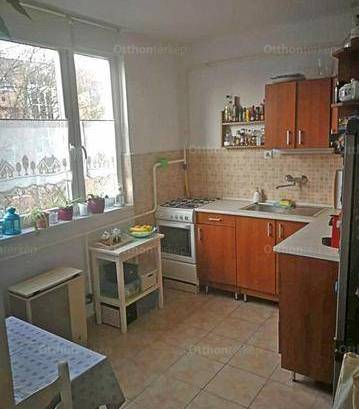 Veszprémi eladó lakás, 1 szobás, 41 négyzetméteres