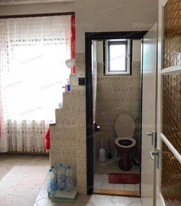 Kalocsa családi ház eladó, 3 szobás