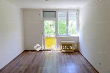 Nyíregyháza lakás eladó, 1+2 szobás