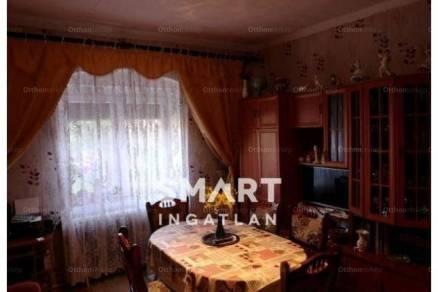 Eladó 2+1 szobás Komló a Magyar Bálint utcában