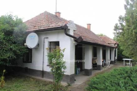 Poroszló eladó családi ház