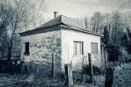 Eladó családi ház Zákány, 2 szobás