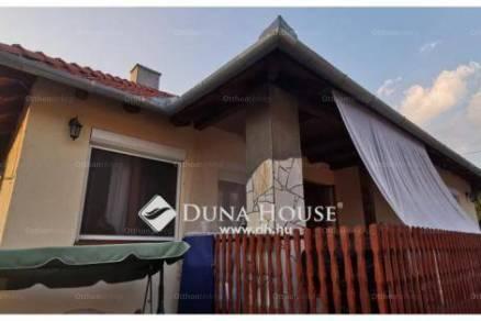 Családi ház eladó Pannonhalma, 100 négyzetméteres