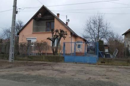 Gödi családi ház eladó, 109 négyzetméteres, 3 szobás