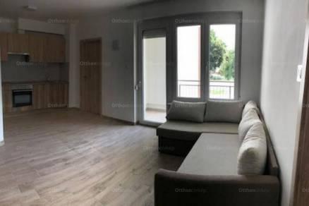Kiadó lakás Szeged a Szentháromság utcában, 1+2 szobás