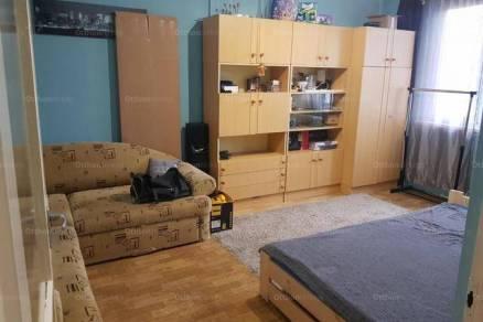 Dunaújvárosi lakás eladó, 35 négyzetméteres, 1 szobás