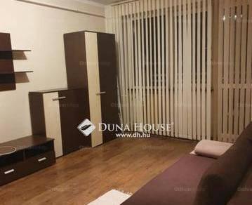 Tatabányai eladó lakás, 1 szobás, a Gál István lakótelepen