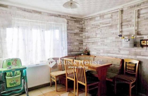 Debrecen családi ház eladó, Zólyom utca, 1 szobás