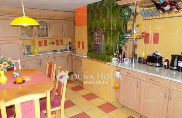 Eladó családi ház, Körmend, 2+3 szobás