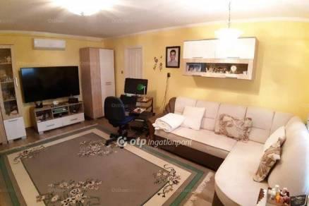 Balatonendrédi eladó családi ház, 6 szobás