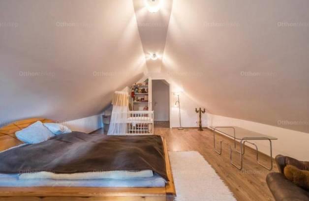 Máriakálnoki családi ház eladó, 164 négyzetméteres, 5 szobás