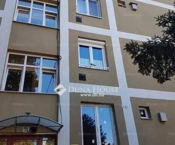 Pécs eladó lakás a Hajnóczy úton