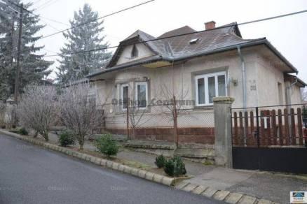 Eladó családi ház, Veszprém, 4 szobás