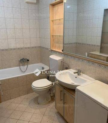 Eladó lakás, Budapest, Cinkota, Bányász utca, 2+1 szobás