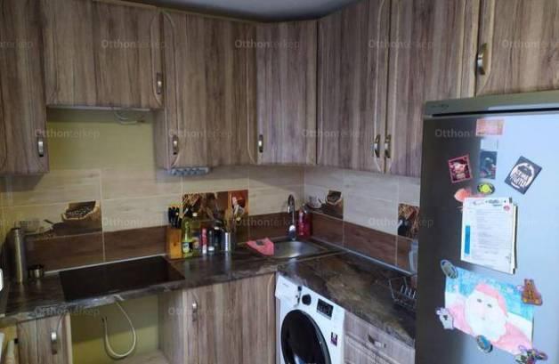 Debreceni eladó lakás, 1 szobás, 35 négyzetméteres