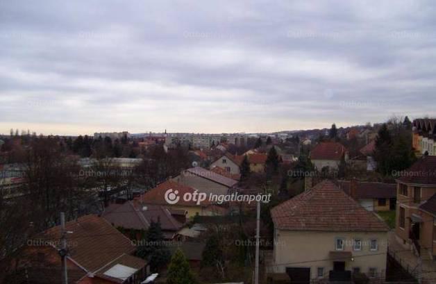 Miskolci eladó lakás, 2 szobás, a Szentpéteri kapu