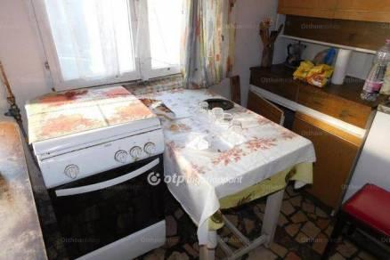 Eladó 2+1 szobás ikerház Pécs