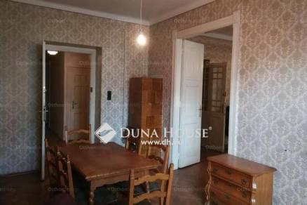 Lakás eladó Pécs, a Búza téren, 98 négyzetméteres