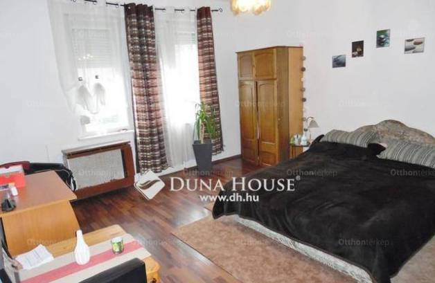 Eladó lakás, Debrecen, 1 szobás