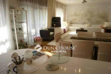 Balatonföldvár családi ház eladó, 6 szobás